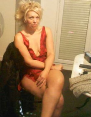 Haley cheap escort in Bad Sooden-Allendorf, HE