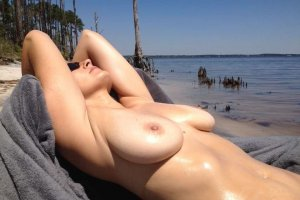 Hiba milf escort in Geisenfeld, BY